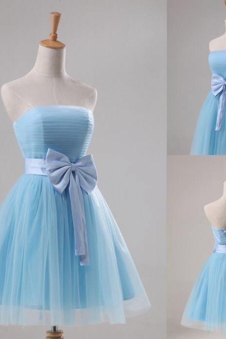 A-Line Strapless Tulle Light Blue Knee-length Bow Prom\Bridesmaid Dress Cocktail dresses