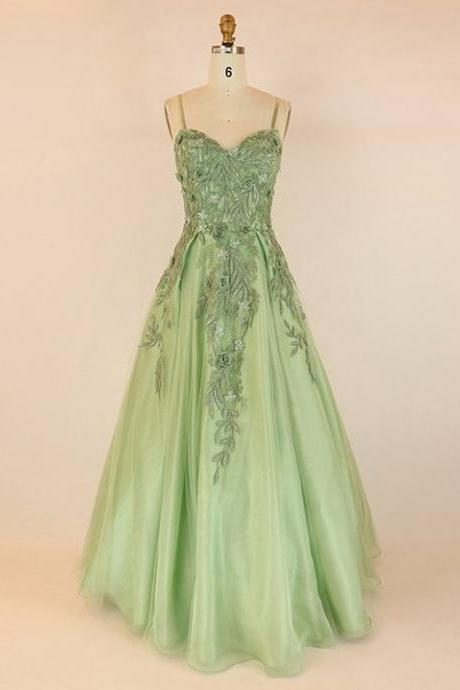 Ball Gown V-neck Tulle Floor-length with Appliques Lace Prom Dresses